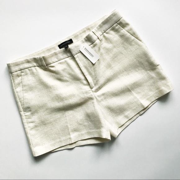 Banana Republic Pants - BANANA REPUBLIC Metallic Gold / Cream Clean Shorts